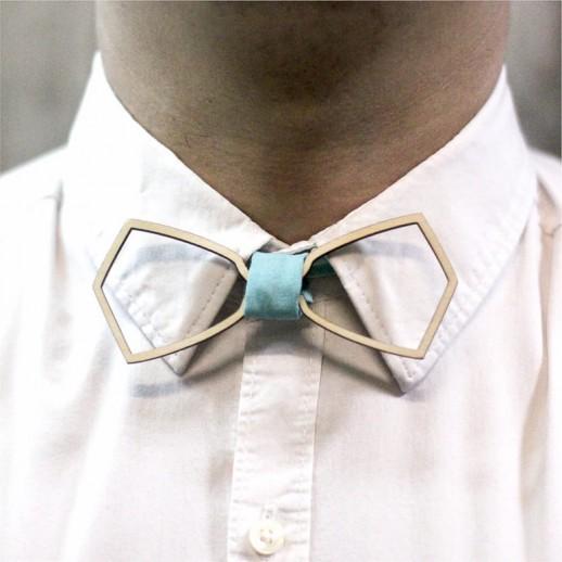 Деревянная галстук-бабочка из фанеры AB029